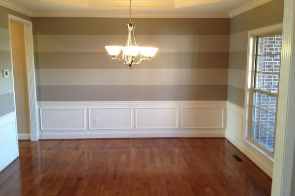 Interior Painters - 365 Renovations - Montgomery, OH - Dining Room Crown Molding Horizontal Striped Walls 800