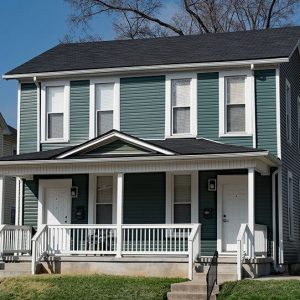 Painting Vinyl Siding Green - West Chester OH - 365 Renovations